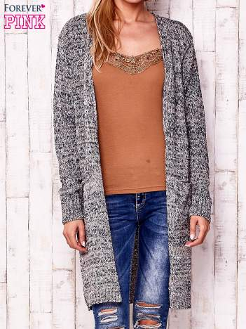 Melanżowy długi sweter z kieszeniami