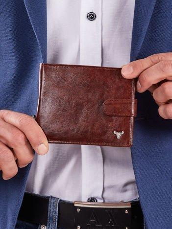 Męski brązowy portfel z zapięciem