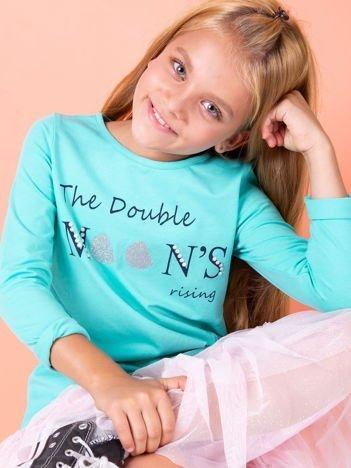 Miętowa bluzka dla dziewczynki z tekstowym nadrukiem