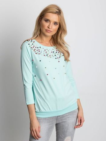 Miętowa bluzka z kolorowymi perełkami