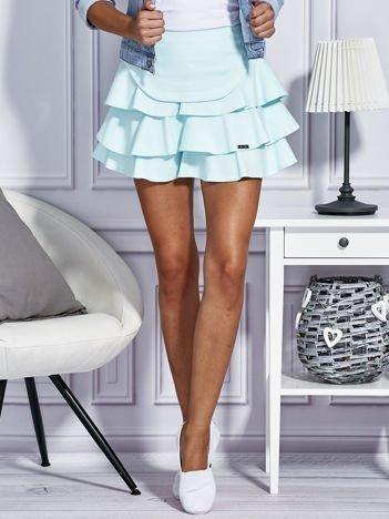 Miętowa trapezowa spódnica z falbanami
