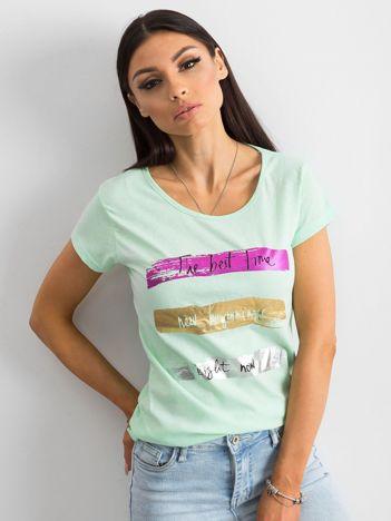 Miętowy t-shirt bawełniany z nadrukiem