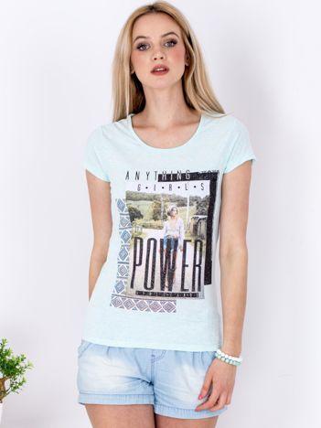 Miętowy t-shirt z nadrukiem boho