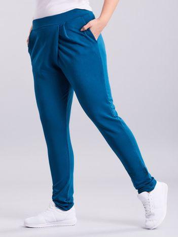 Morskie kopertowe spodnie dresowe z kieszeniami