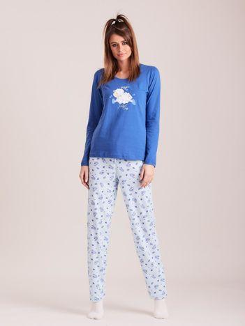 Niebieska dwuczęściowa piżama z nadrukiem