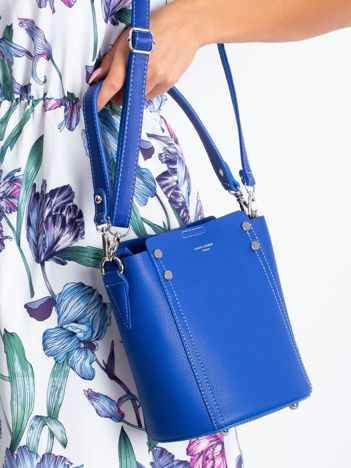 Niebieska torba z odpinanym uchwytem