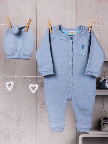 Niebieski  2-częściowy komplet niemowlęcy z dzianiny pajacyk i ciepła czapeczka dla dziewczynki lub chłopca