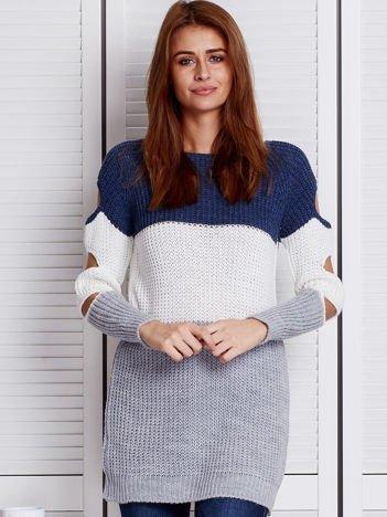 Niebieski modułowy sweter cut out