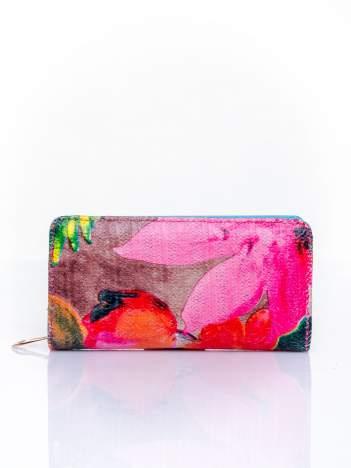 Niebieski portfel z egzotycznym nadrukiem