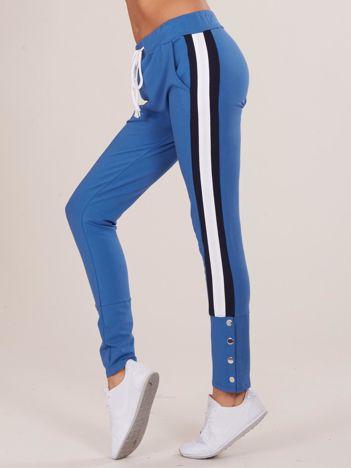 Niebieskie damskie dresowe spodnie