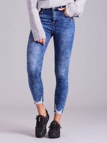 Niebieskie dżinsy skinny