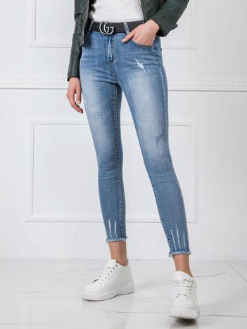 Niebieskie jeansy Daisy