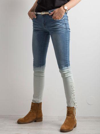 Niebieskie jeansy ombre ze sznurowaniem