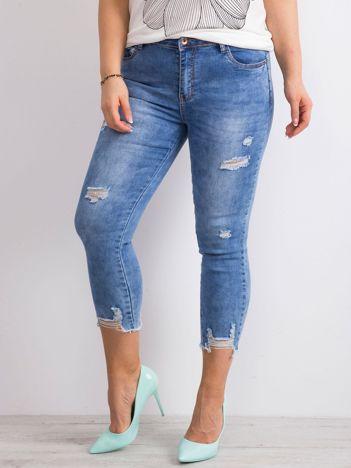 Niebieskie spodnie jeansowe z przetarciami PLUS SIZE