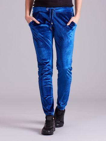 Niebieskie spodnie welurowe