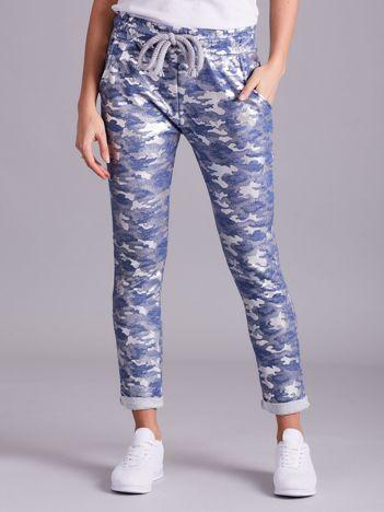 Niebieskie wzorzyste spodnie dresowe