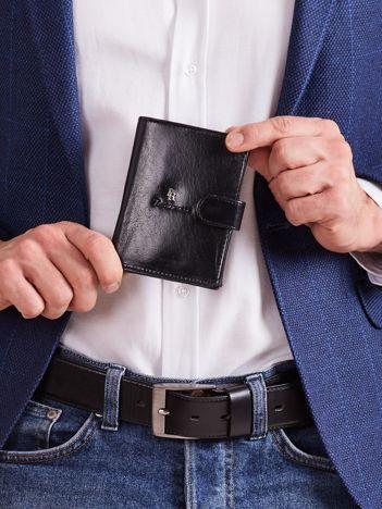 Pionowy czarny portfel męski ze skóry