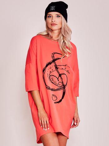 Pomarańczowa sukienka oversize z nadrukiem