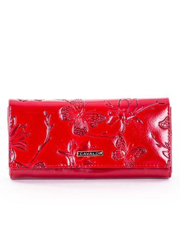 Portfel damski czerwony z motywem motyli