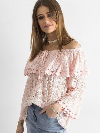 Różowa bluzka hiszpanka