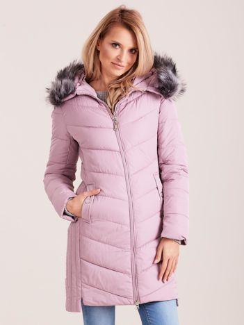 Różowa długa kurtka na zimę