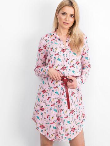 Różowa sukienka Courtesy