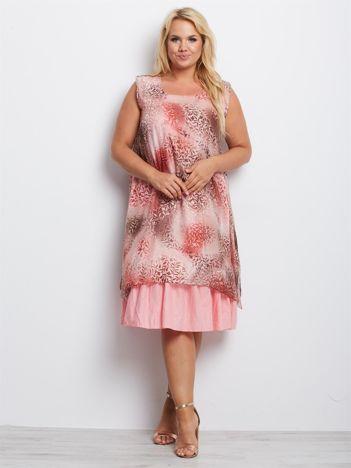 Różowa sukienka plus size Wyoming