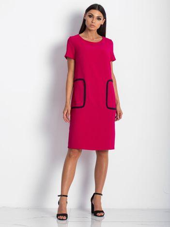 Różowa sukienka z kieszeniami