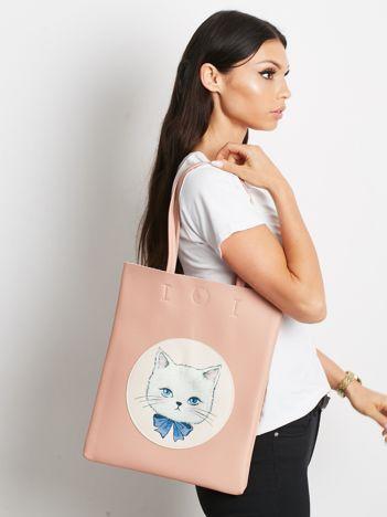 Różowa torba na ramię z ekoskóry