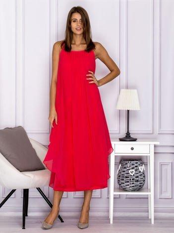 Różowa zwiewna sukienka maxi