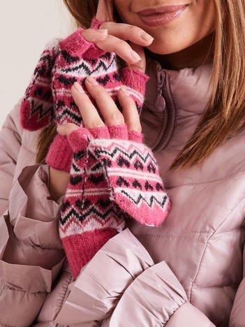 Różowe rękawiczki we wzory