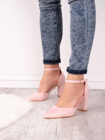 Różowe sandały SABATINA z noskiem w szpic