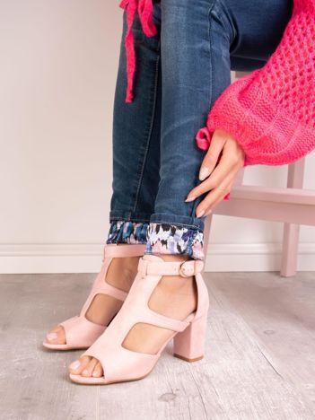 Różowe sandały SABATINA z zabudowanym przodem
