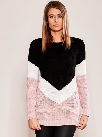 Różowo-czarny sweter z geometryczny motywem