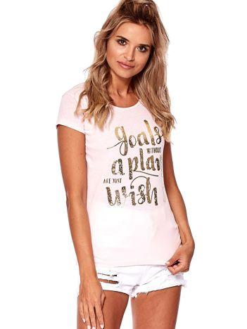 Różowy t-shirt ze złotym napisem