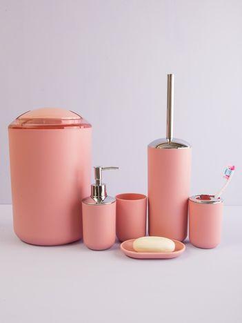 Różowy zestaw przyborów łazienkowych