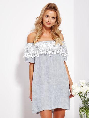 SCANDEZZA Biało-niebieska sukienka hiszpanka w cienkie paski
