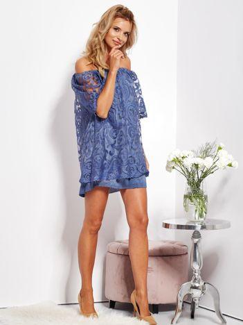 SCANDEZZA Ciemnoniebieska sukienka hiszpanka mini ze wzorem paisley