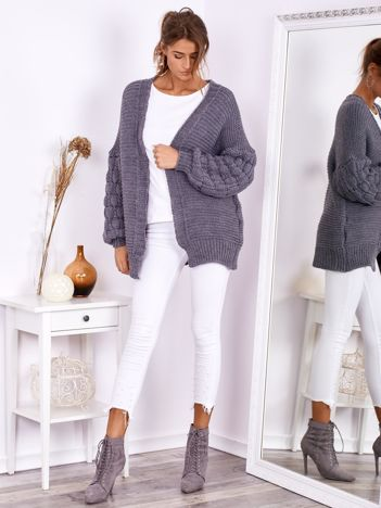 SCANDEZZA Ciemnoszary otwarty sweter z bufkowymi rękawami