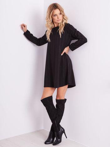 SCANDEZZA Czarna sukienka o luźnym kroju