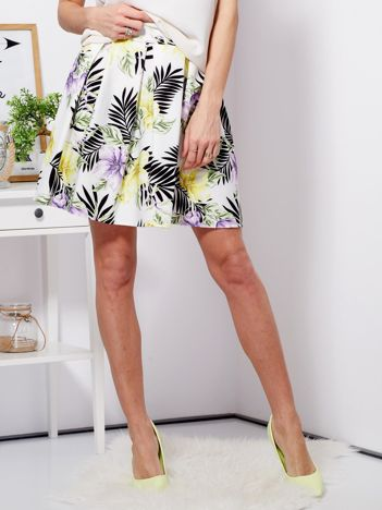 Spódnica biała z motywem exotic print