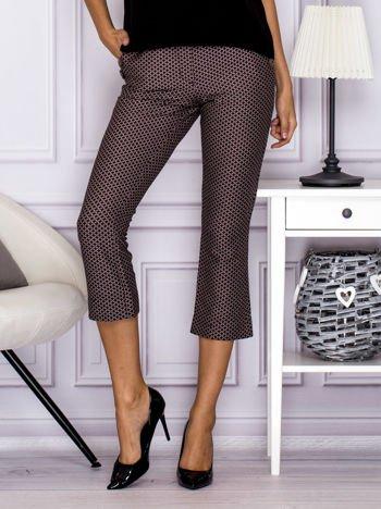 Spodnie 7/8 w drobny wzór brązowe