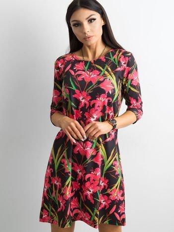 Sukienka czarna w lilie