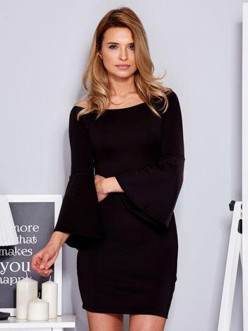 Sukienka czarna z szerokimi rękawami