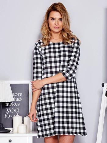 Sukienka czarno-biała w kratkę