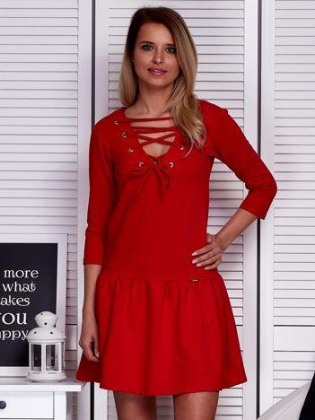 Sukienka czerwona lace up z falbaną