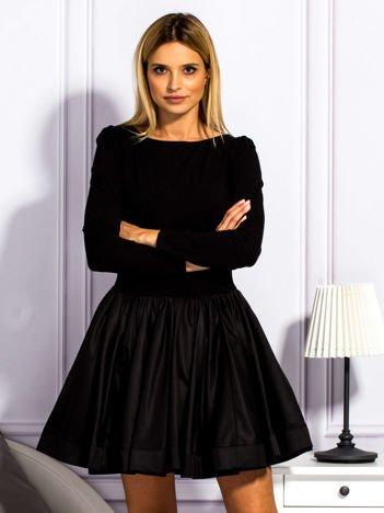 Sukienka damska z rozkloszowaną spódnicą czarna