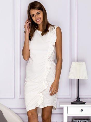 Sukienka dresowa z falbaną ecru