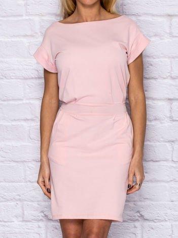 Sukienka dresowa z wiązaniem jasnoróżowa