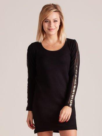 Sukienka dzianinowa z ozdobnymi lampasami czarna